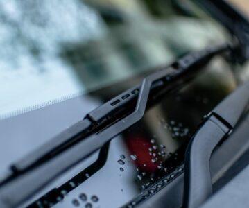 Brisalci za avto, ki bodo poskrbeli za varno in udobno vožnjo