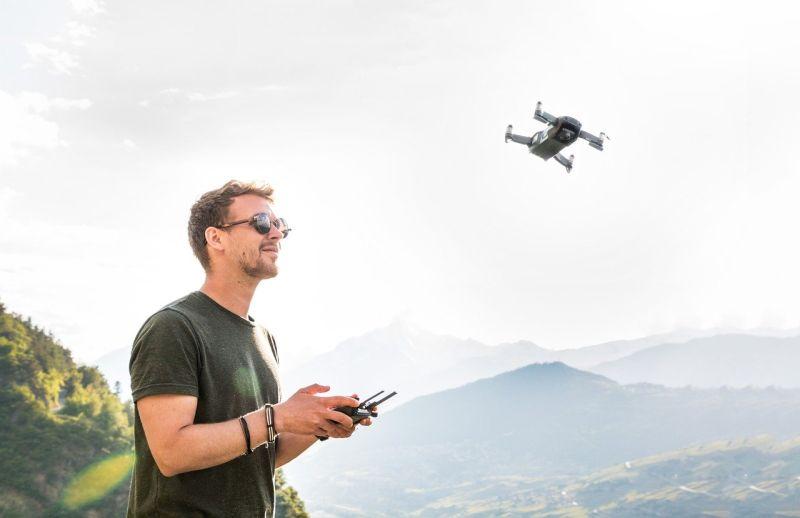 Kakšna je cena izpita za dron?